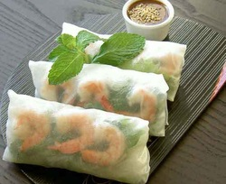 vietnamese spring roll or summer roll is a traditional vietnamese